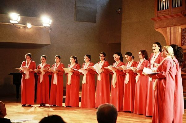 "Хор ""Art Vocal Ensemble"""